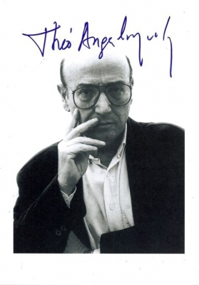 theo-angelopoulos-autograph